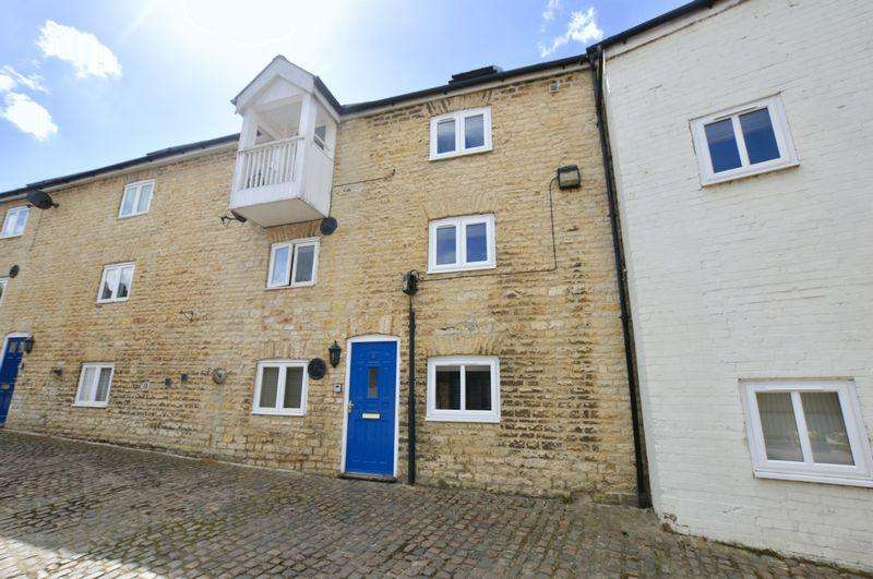 3 Bedrooms House for sale in Water Street, Stamford
