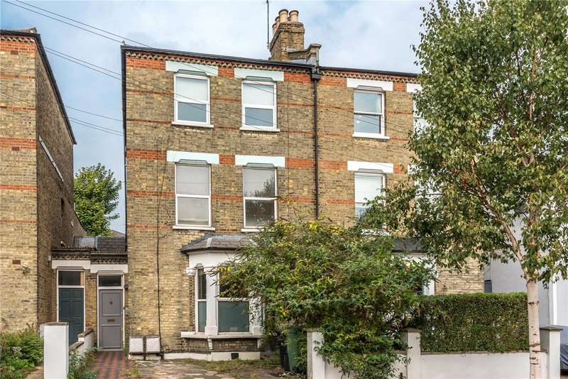 3 Bedrooms Flat for sale in Lambton Road Stroud Green London