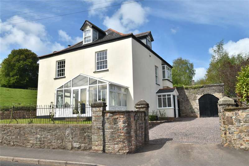 6 Bedrooms Detached House for sale in South Molton Road, Bampton, Tiverton, Devon, EX16