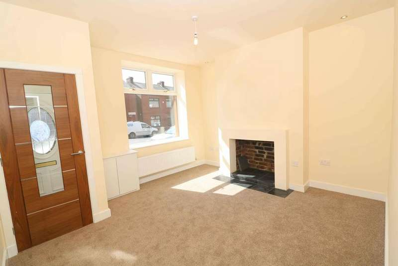 2 Bedrooms Terraced House for sale in Middleton Road, Chadderton, Oldham, Manchester OL9