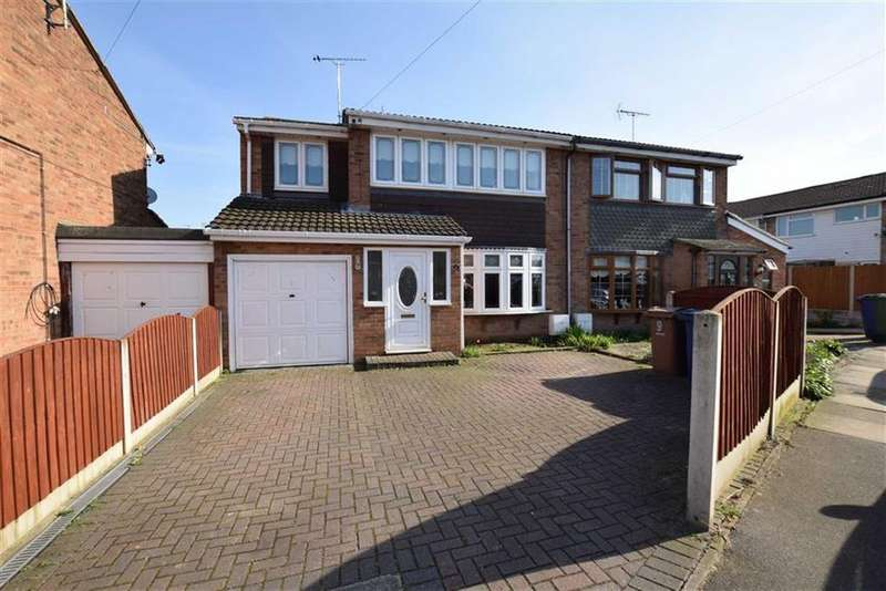 4 Bedrooms Semi Detached House for sale in Hayle, East Tilbury, Essex