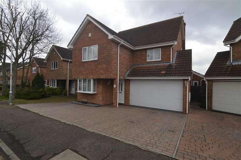 5 Bedrooms Detached House for sale in Alexander Road, Langdon Hills, Essex