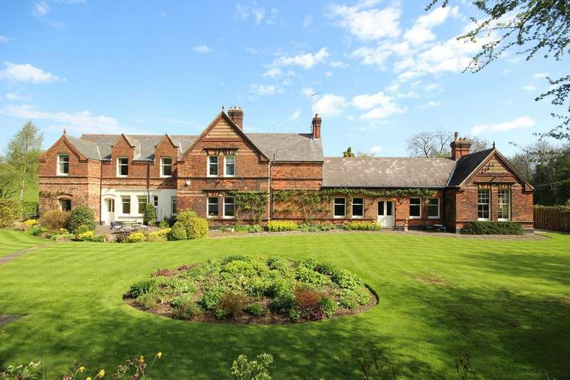 5 Bedrooms Detached House for sale in Rowley Road, Little Weighton, HU20