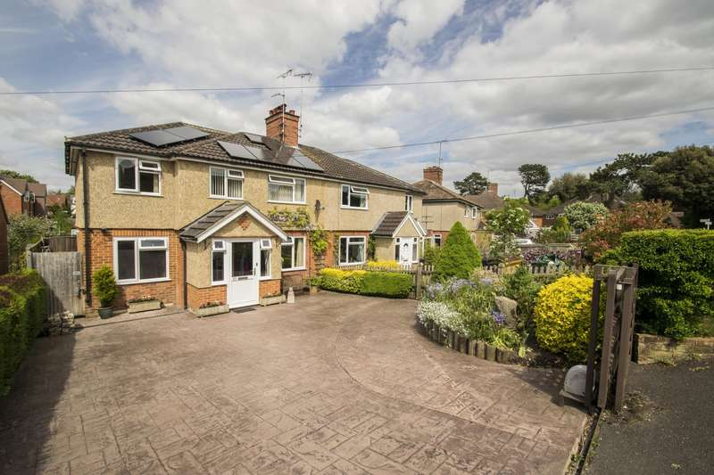 3 Bedrooms Semi Detached House for sale in Elvendon Road, Goring on Thames, Reading, RG8
