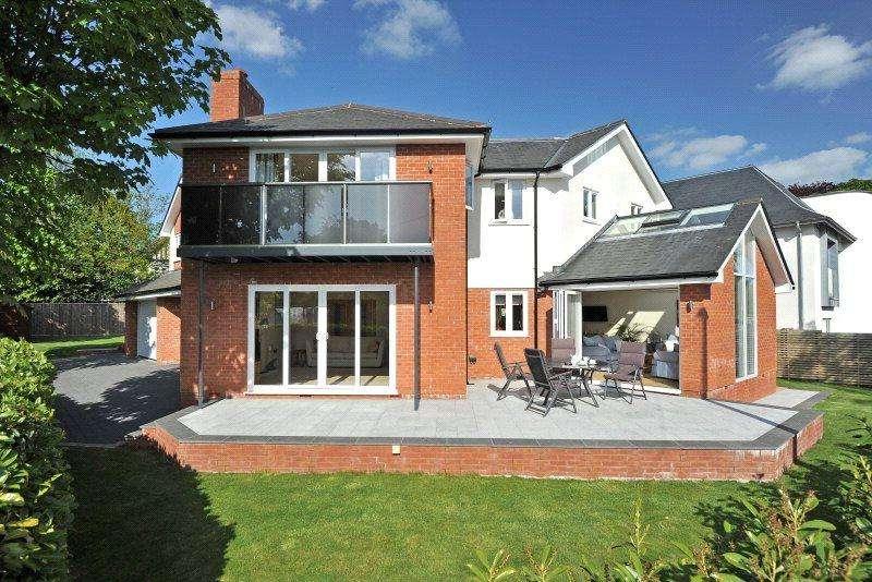 5 Bedrooms Detached House for sale in Matford Road, Exeter, Devon, EX2