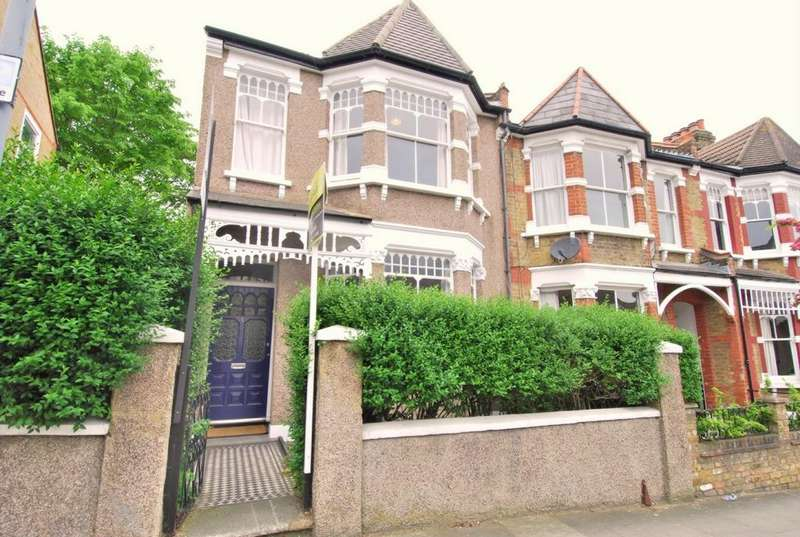 3 Bedrooms House for rent in Mayhill Road, Charlton, SE7