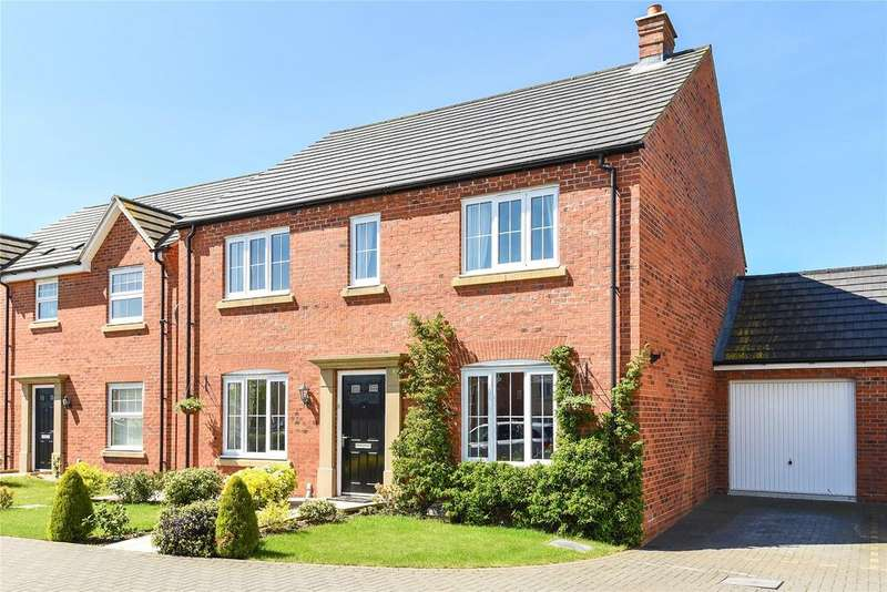 4 Bedrooms Detached House for sale in Poppy Road, Witham St. Hughs, LN6