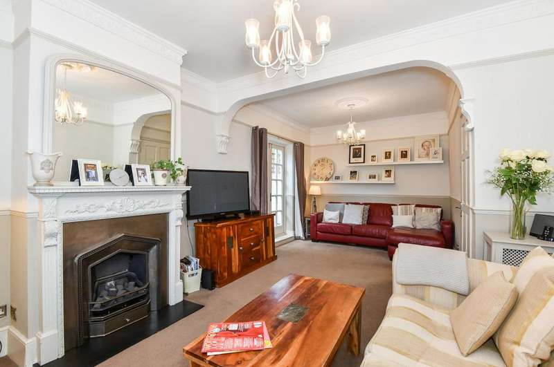 4 Bedrooms End Of Terrace House for sale in Lynton Road, SE1