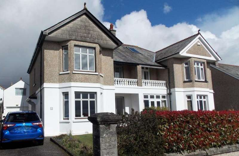 3 Bedrooms Property for sale in St Austell