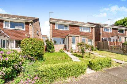 2 Bedrooms Semi Detached House for sale in Torpoint, Cornwall, England