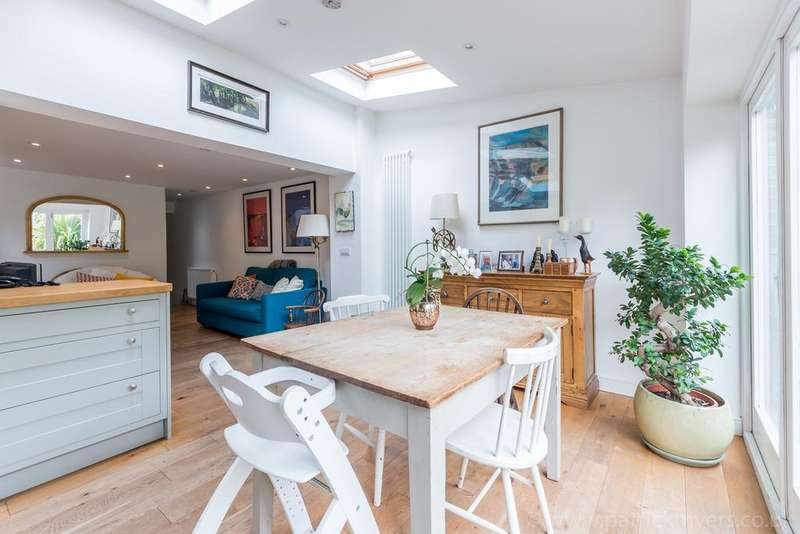 3 Bedrooms Flat for sale in Crystal Palace Road