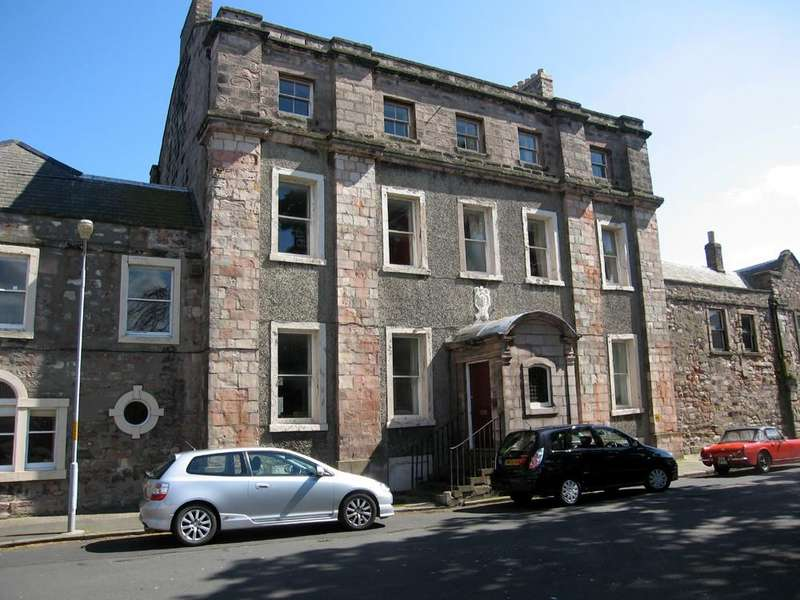 6 Bedrooms Town House for sale in Palace Green, BERWICK-UPON-TWEED, Northumberland