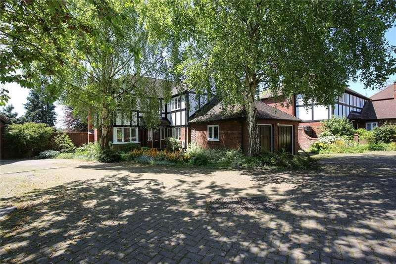 4 Bedrooms Detached House for sale in Holmwood Gardens, Westbury-On-Trym, Bristol, BS9