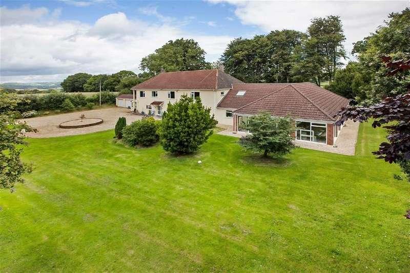 8 Bedrooms Detached House for sale in Lyme Road, Axminster, Devon, EX13