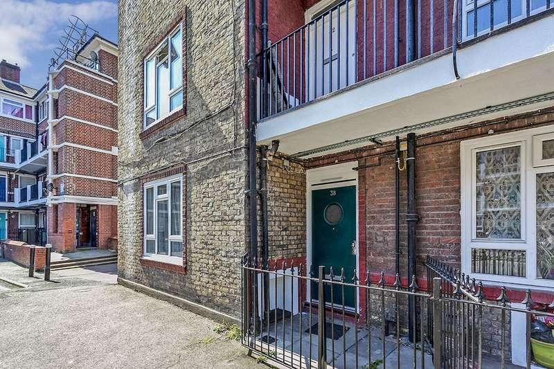 1 Bedroom Flat for sale in Longfield Estate, London, SE1