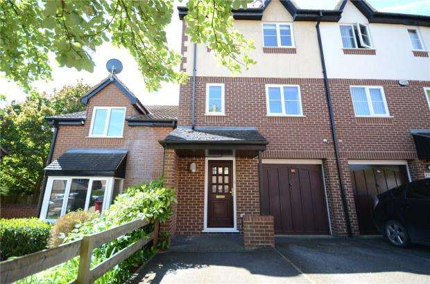 3 Bedrooms Terraced House for sale in Littlebrook Avenue, Slough, Berkshire