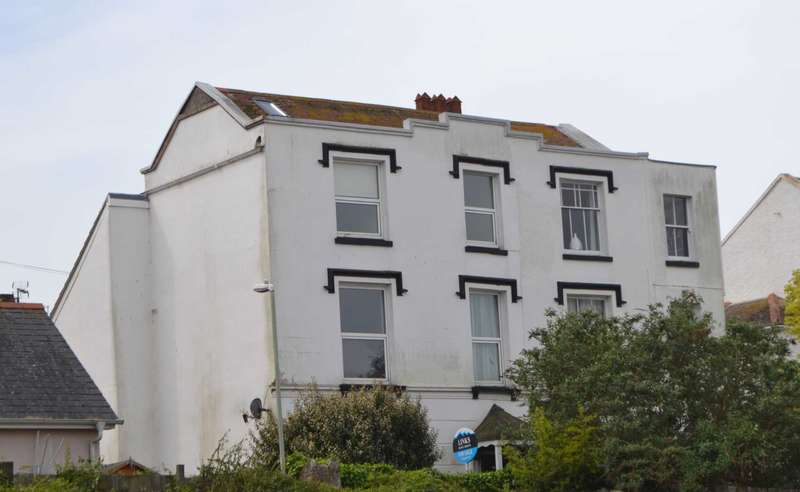 4 Bedrooms Semi Detached House for sale in Henrietta Place, Exmouth
