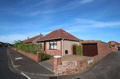 3 Bedrooms Bungalow for sale in St. Cuthberts Road, Prestwick
