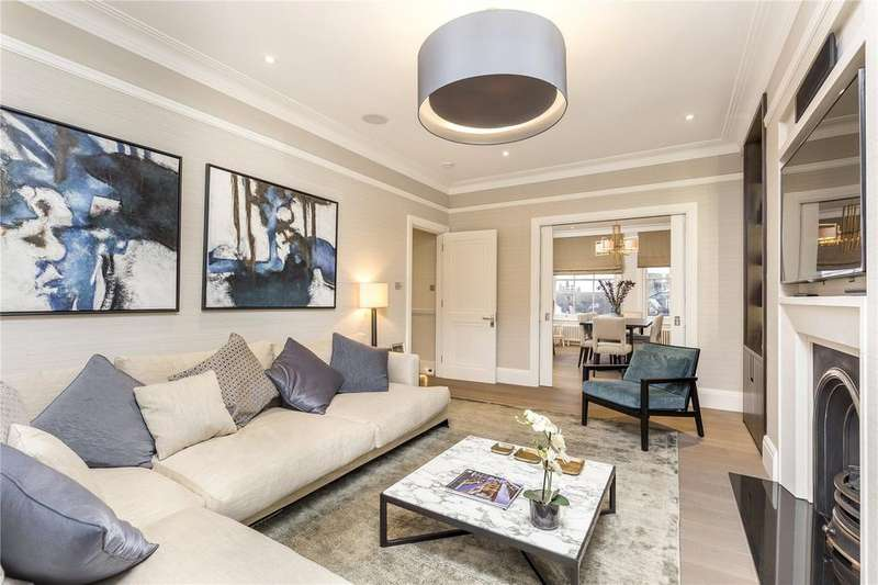 3 Bedrooms Flat for rent in Sydney House, Woodstock Road, Chiswick, London, W4