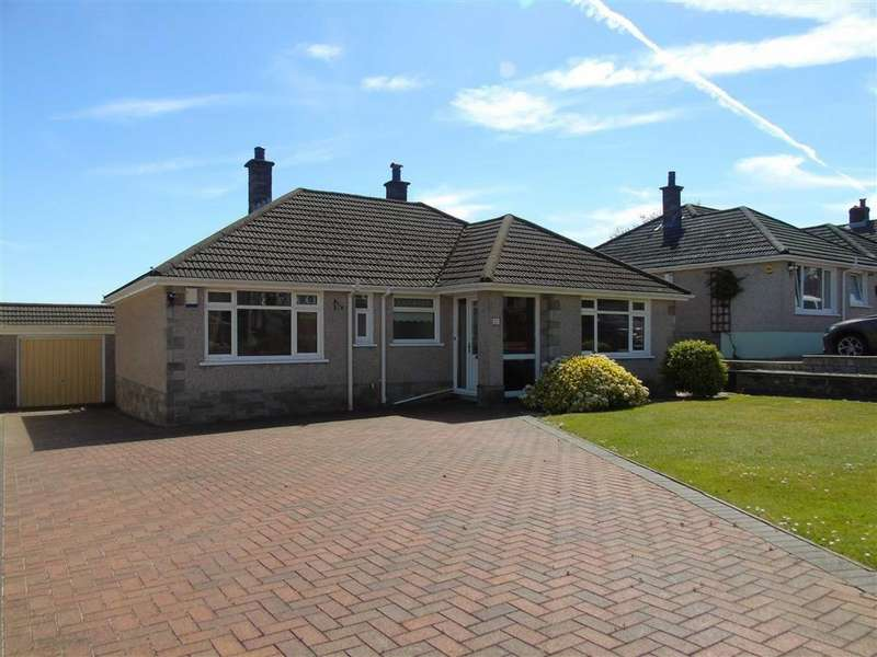 3 Bedrooms Detached Bungalow for sale in Heol Fach, Treboeth, Swansea