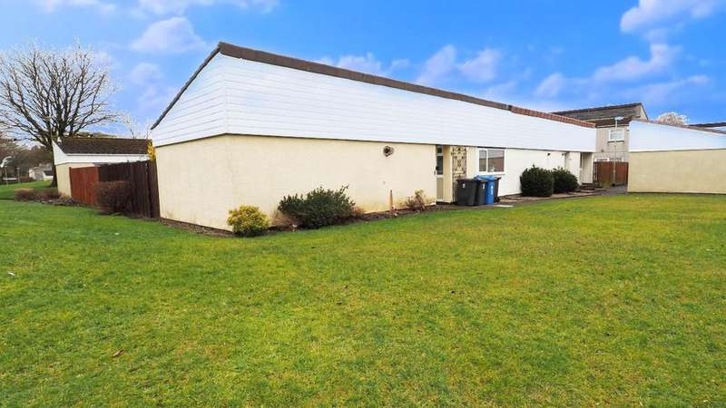 2 Bedrooms Bungalow for sale in Glenapp Court, Kilwinning KA13