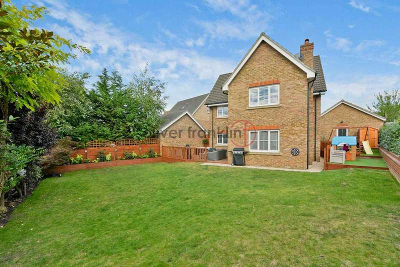 6 Bedrooms Detached House for sale in Chafford Hundred , Essex RM16