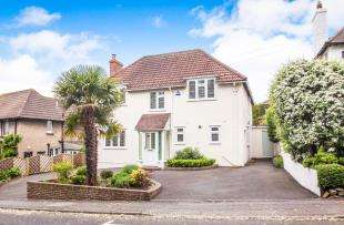 4 Bedrooms Detached House for sale in Military Road, Sandgate, Folkestone, Kent