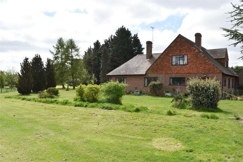 4 Bedrooms Detached House for sale in Station Road, Cheddington