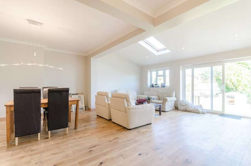 6 Bedrooms House for sale in Virginia Road, Thornton Heath, CR7