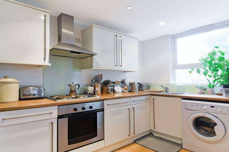 2 Bedrooms Apartment Flat for sale in Canterbury Grove, West Norwood, London