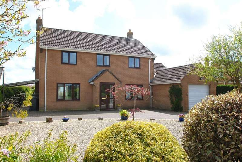 4 Bedrooms Detached House for sale in Leigh Road, Chulmleigh