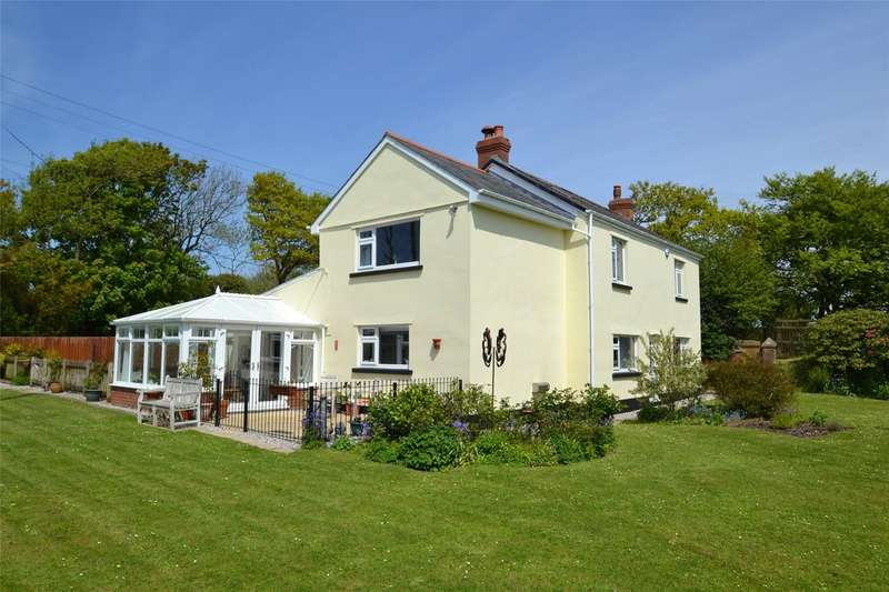 3 Bedrooms Detached House for sale in Gammaton, Bideford