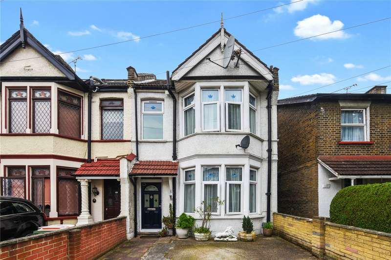 3 Bedrooms Terraced House for sale in Idmiston Road, London, E15