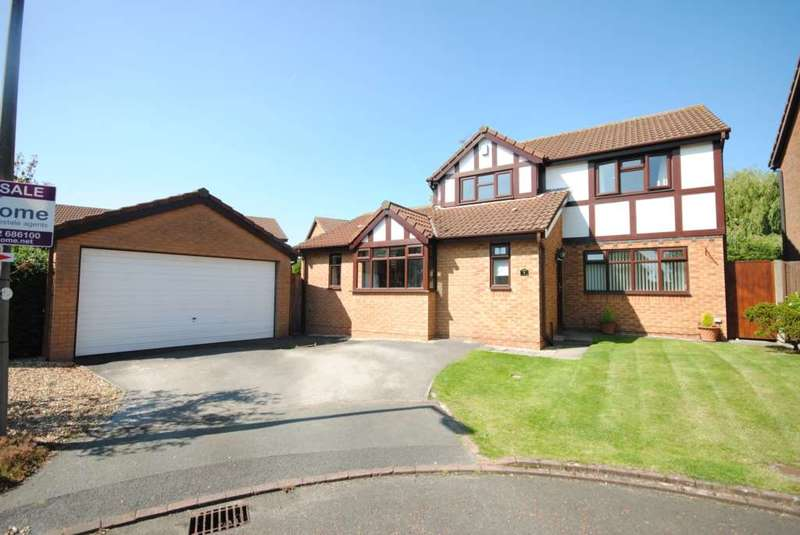 4 Bedrooms Detached House for sale in Hawthorn Close, Wesham