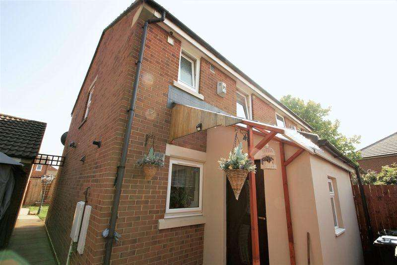 3 Bedrooms Semi Detached House for sale in Barnard Court, Middlesbrough
