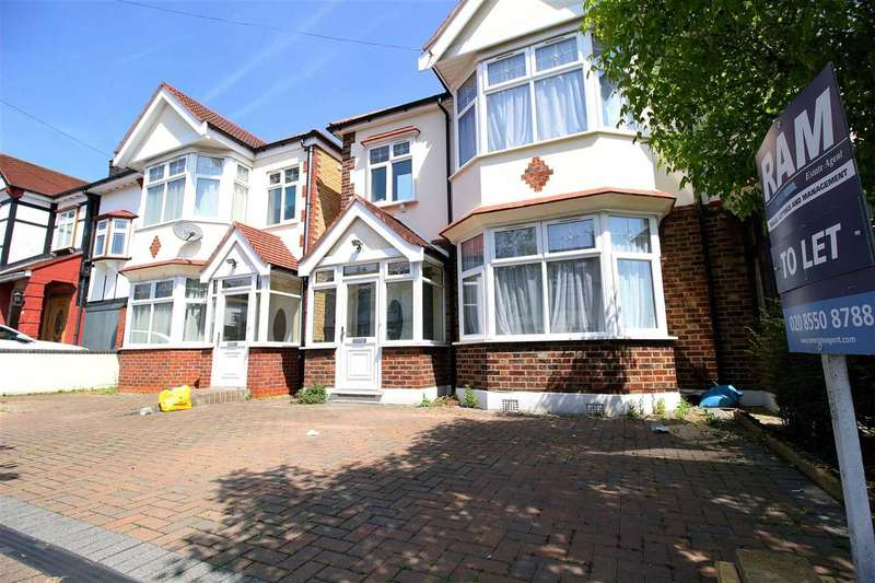 4 Bedrooms Semi Detached House for rent in Beattyville Gardens, Barkingside, Ilford