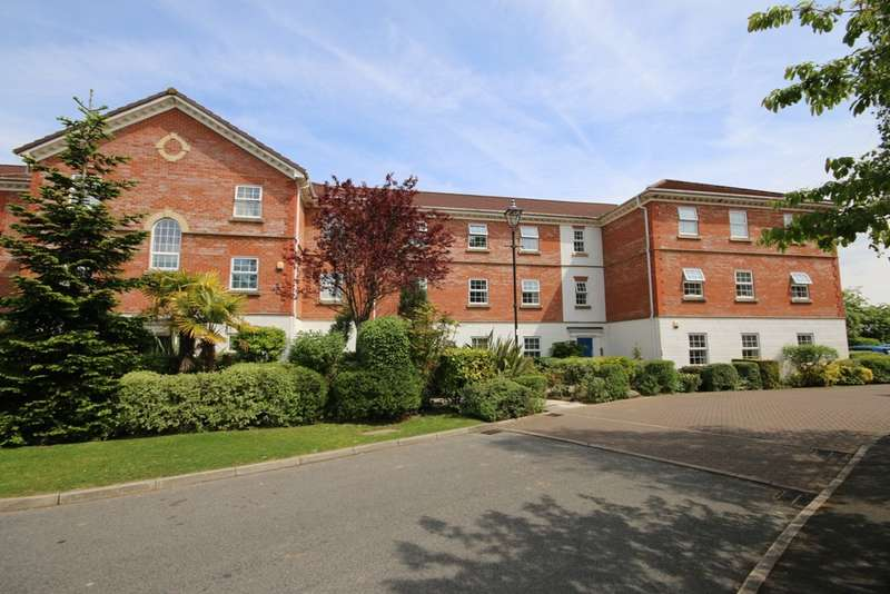 2 Bedrooms Ground Flat for sale in Aston Manor, Abington Drive, Banks, Southport