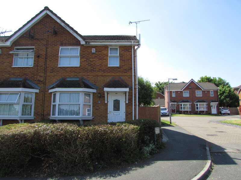 3 Bedrooms Semi Detached House for sale in Coningsby Drive, Winsford