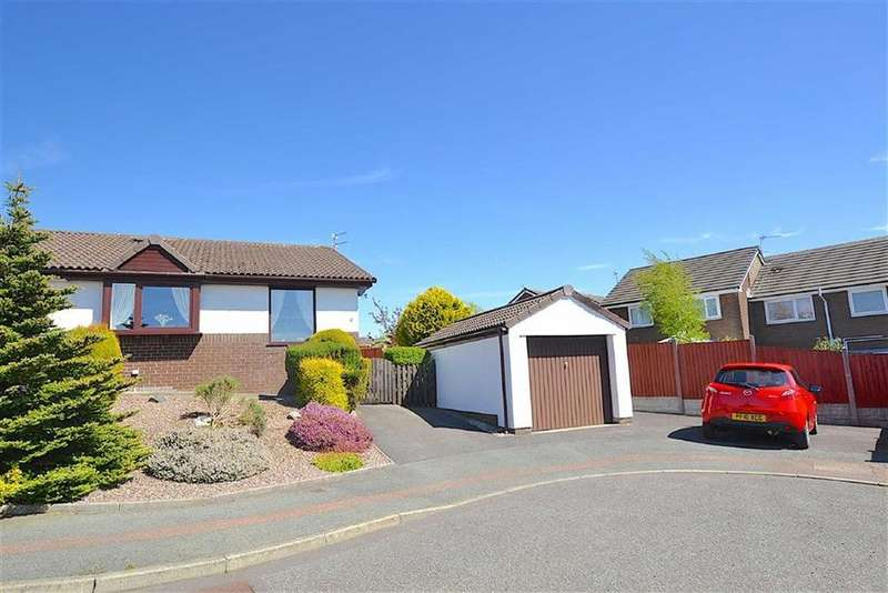 2 Bedrooms Semi Detached Bungalow for sale in Fell View, Burnley, Lancashire