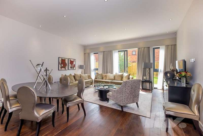 4 Bedrooms Town House for rent in The Crescent, Gunnersbury Mews, Chiswick, W4