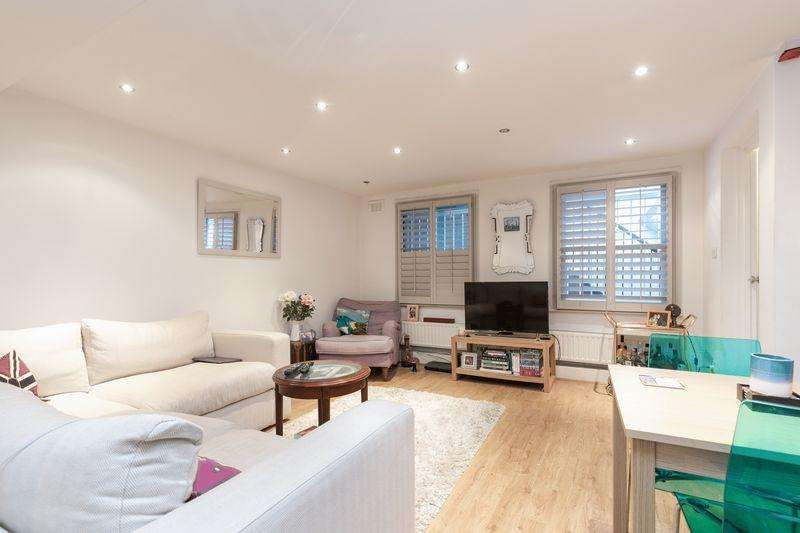 2 Bedrooms Apartment Flat for sale in Clarence Road, Hackney, E5