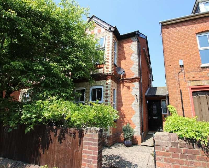 4 Bedrooms Semi Detached House for sale in Langborough Road, WOKINGHAM, Berkshire