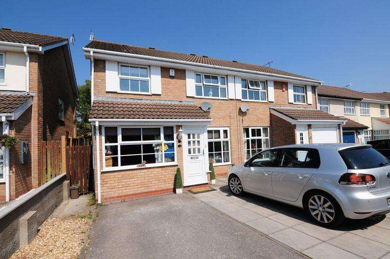 3 Bedrooms Semi Detached House for sale in Abbots Close, Whitchurch, Bristol, BS14