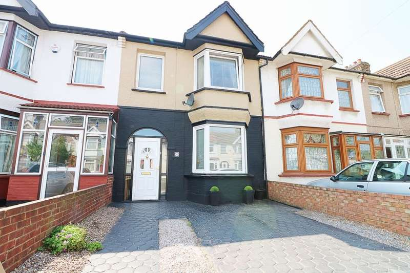 3 Bedrooms Terraced House for sale in Gordon Road, Ilford, IG1