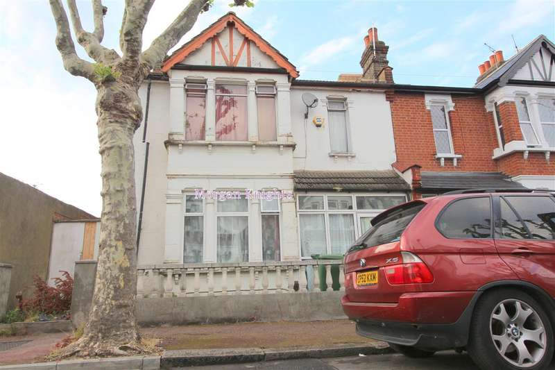5 Bedrooms Terraced House for sale in Clements Road, East Ham, E6