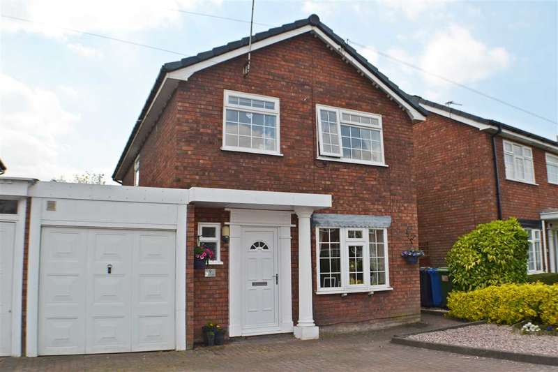 4 Bedrooms Detached House for sale in Henderson Close, Great Sankey, Warrington