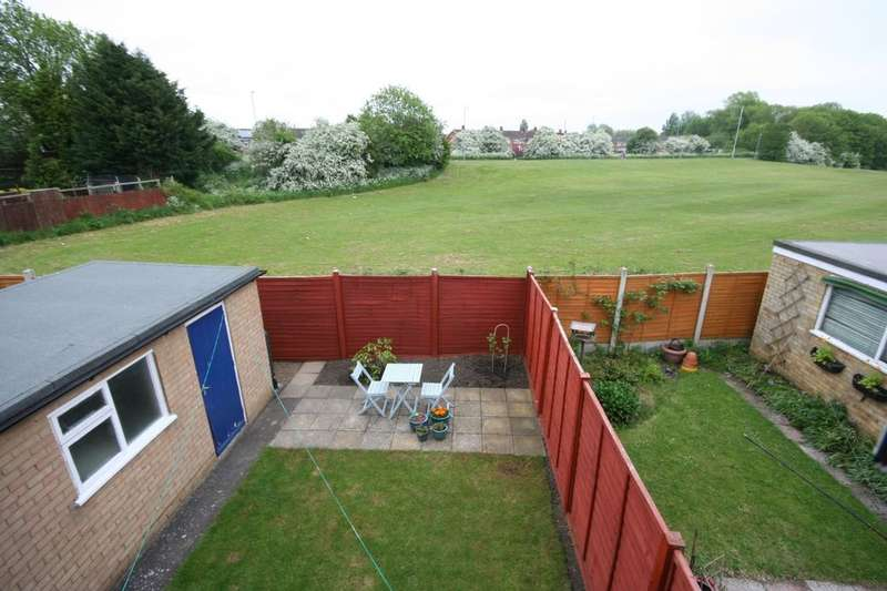 3 Bedrooms Semi Detached House for sale in Selwyn Drive, Stockton-On-Tees, TS19