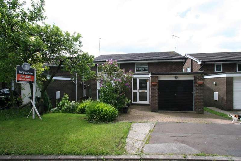 3 Bedrooms Detached House for sale in Duffins Close, Shawclough, Rochdale