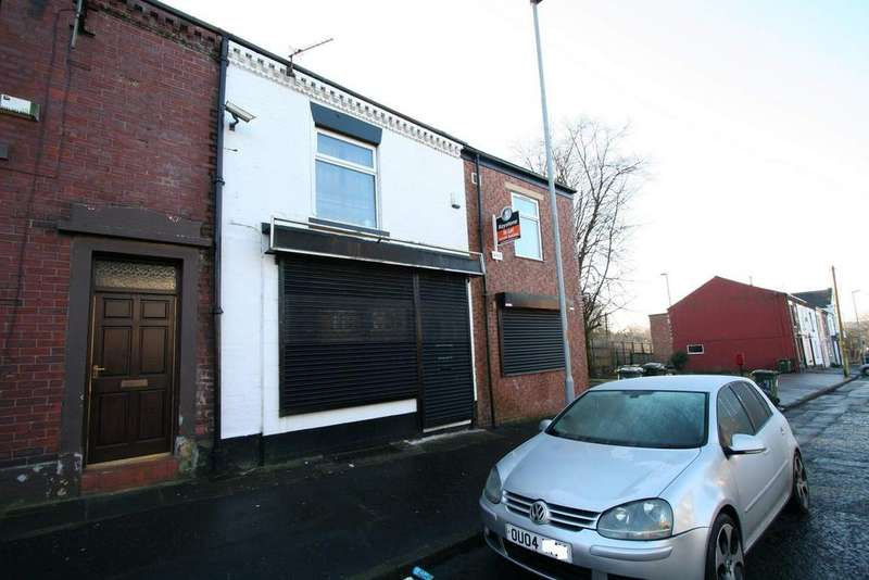 2 Bedrooms Flat for sale in - Manchester Road, Sudden, Rochdale
