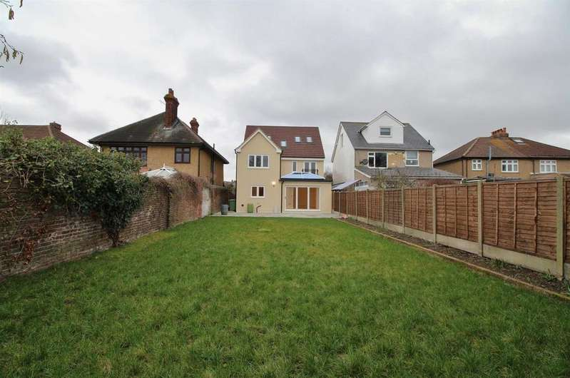 5 Bedrooms Detached House for sale in Mount Road, Bexleyheath